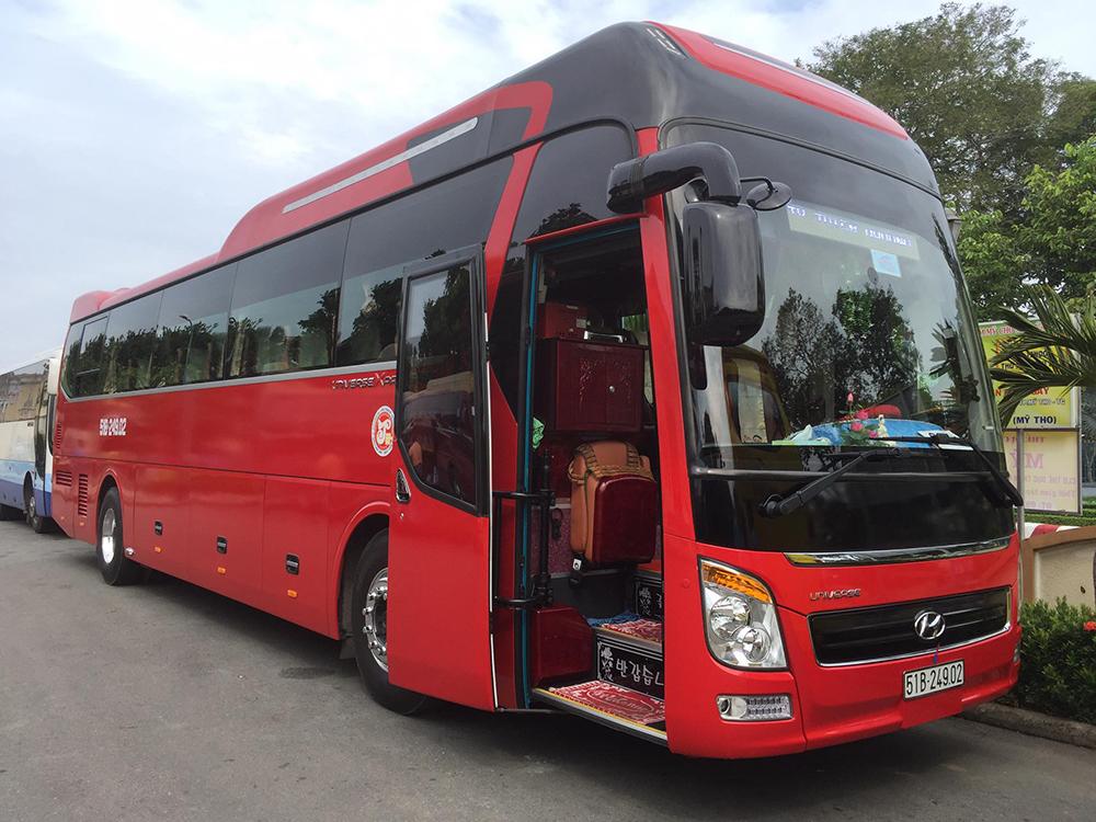 thuê xe 45 chỗ tại Tân Phú Đông