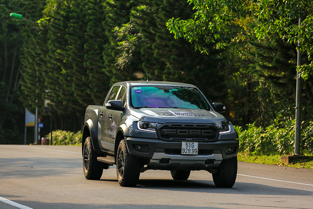 Cho thuê xe bán tải tự lái tại TPHCM