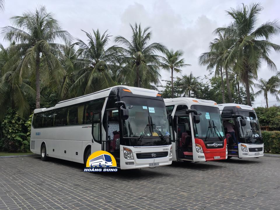 cho thuê xe du lịch Hoàng Dung