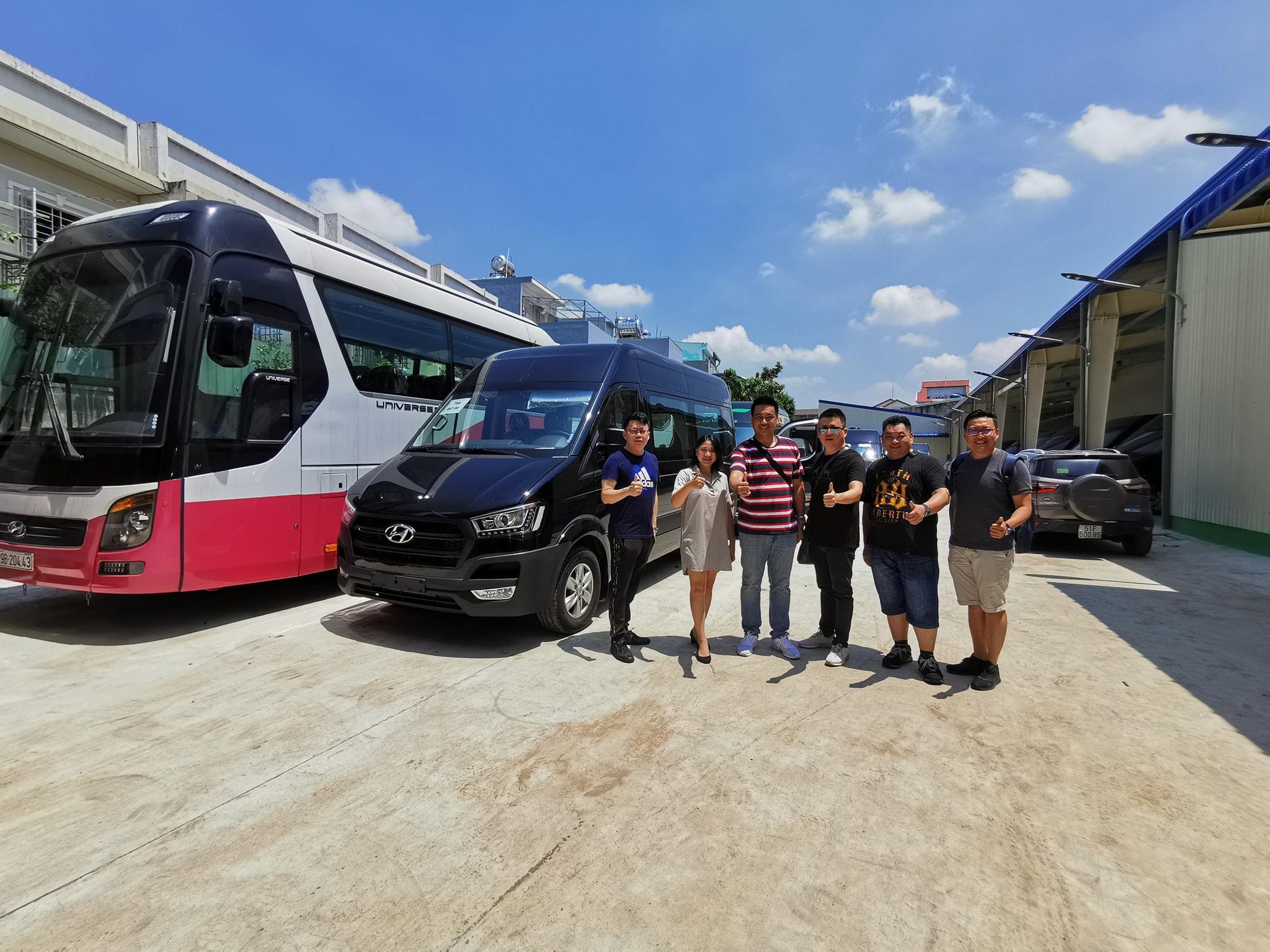 cho thuê xe du lịch tại Sài Gòn