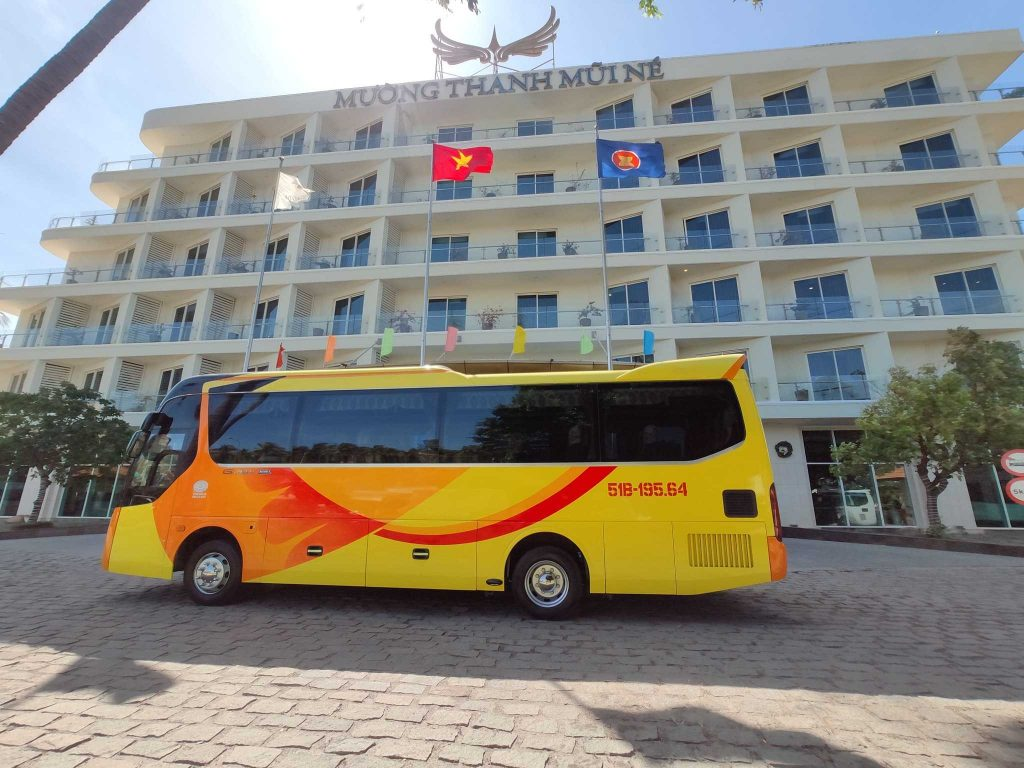 Cho thuê xe khách 35 chỗ tại TPHCM