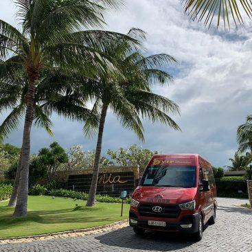 Dịch vụ thuê xe limousine 9 chỗ TPHCM giá rẻ