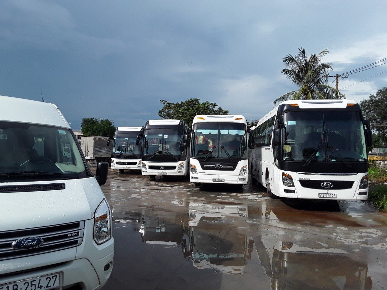 Cho thuê xe Hoàng Dung